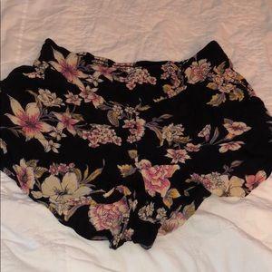 BILLABONG floral flowy short